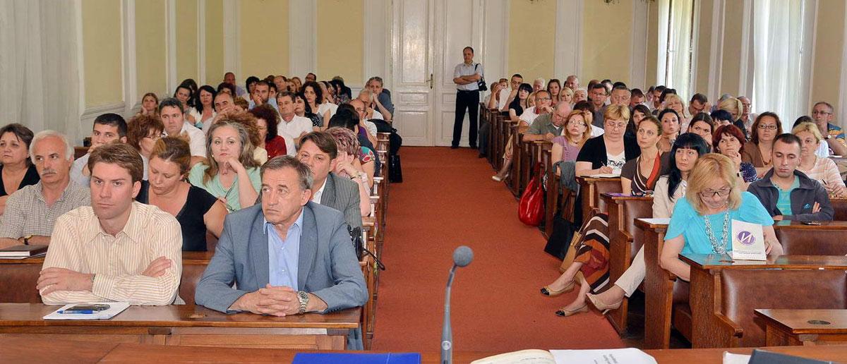 Састанак са корисницима јавних средстава – препуна сала Градског здања