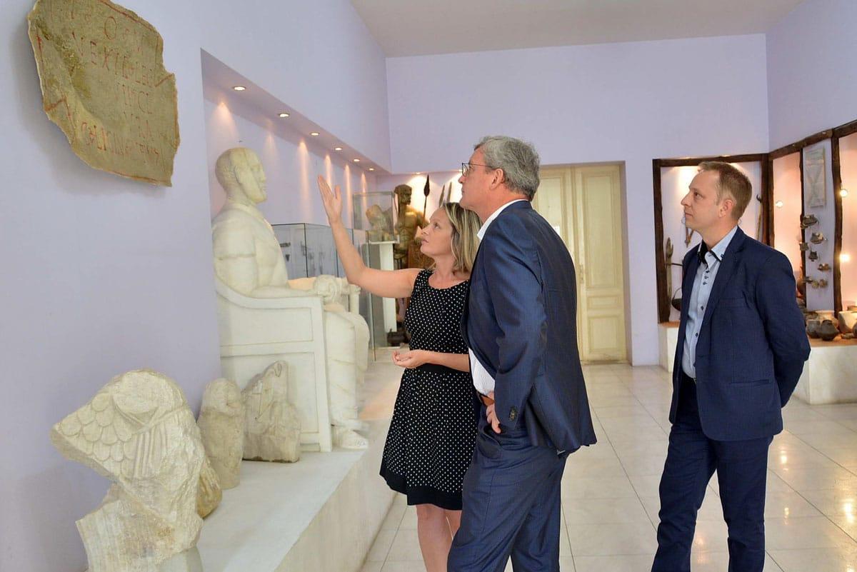 Пријем амбасадора и посете културним установама